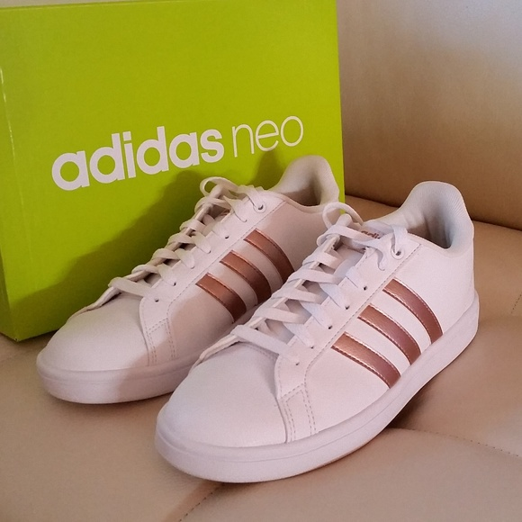 brand new e44c2 29c8b Rose Gold Adidas Shoes. M 5a4425aa5512fd2a9f0a89b8